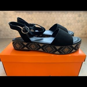 Rocket Dog -Beaded black platform sandal 9- NIB